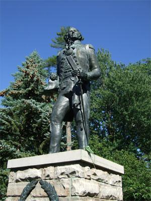 Statue2107
