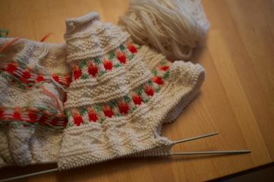 sweaternotdone 2016-02-05